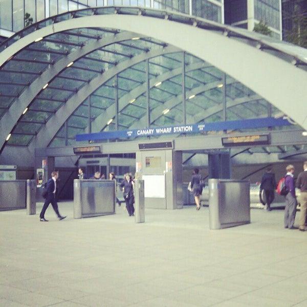 Foto scattata a Canary Wharf da Mwachala N. il 6/8/2012