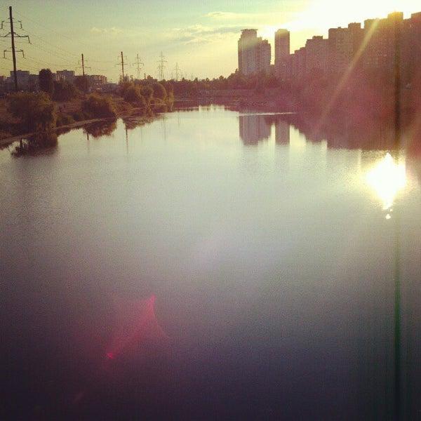 รูปภาพถ่ายที่ Троєщинський канал โดย Mykhaylo B. เมื่อ 8/5/2012