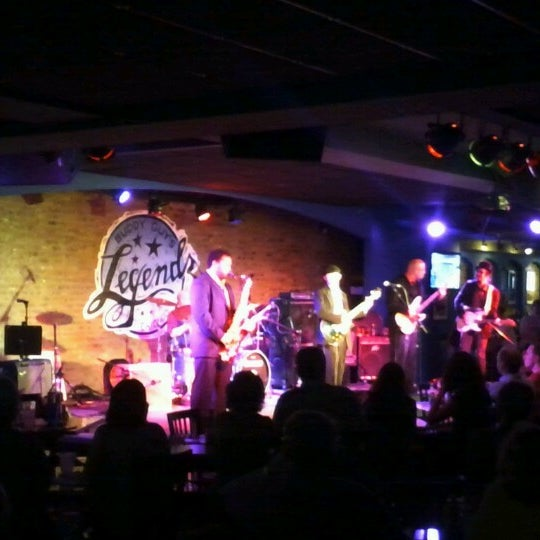 Foto tirada no(a) Buddy Guy's Legends por Yul E. em 6/20/2012