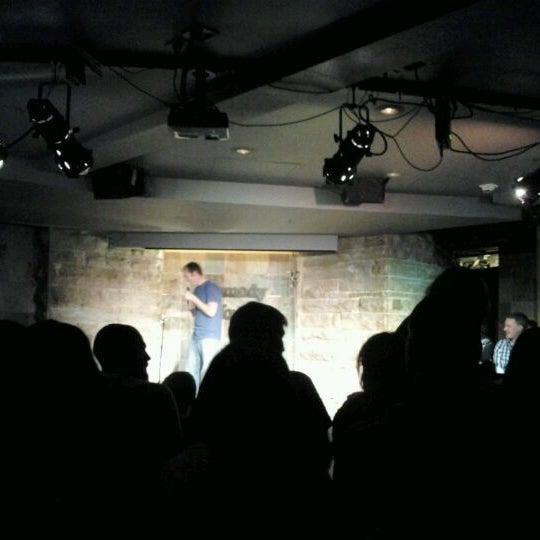 3/30/2012 tarihinde Holly w.ziyaretçi tarafından Comedy Works Downtown in Larimer Square'de çekilen fotoğraf