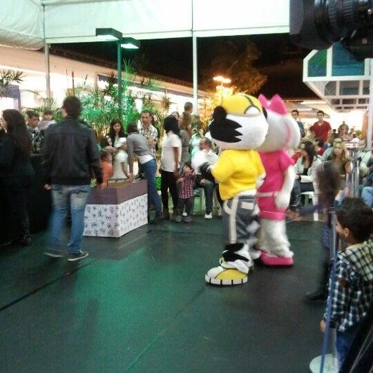 Foto diambil di Shopping Rio Claro oleh Renato H. pada 6/15/2012