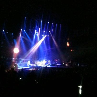 รูปภาพถ่ายที่ Allstate Arena โดย Ernie K. เมื่อ 7/20/2012