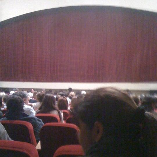 Foto diambil di Teatro Nescafé de las Artes oleh Martin V. pada 4/29/2012
