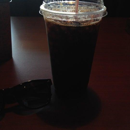 5/6/2012에 Amanda B.님이 Silverbird Espresso에서 찍은 사진