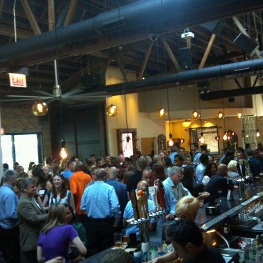 Das Foto wurde bei Old Town Social von Ryan Z. am 7/24/2012 aufgenommen