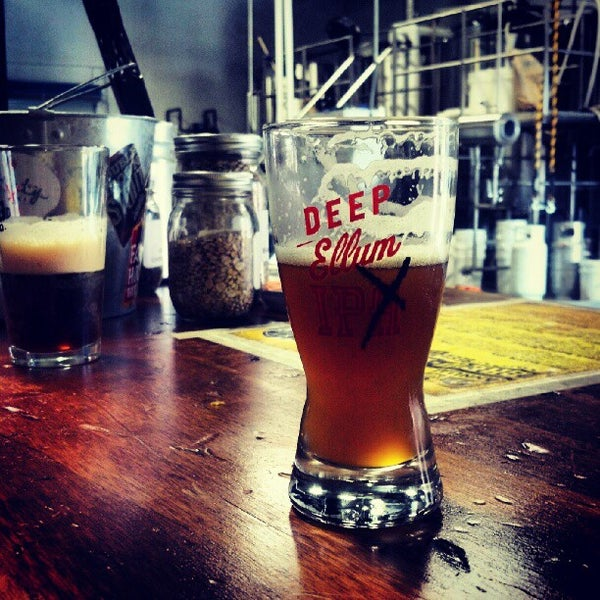 7/7/2012にBeer P.がDeep Ellum Brewing Companyで撮った写真