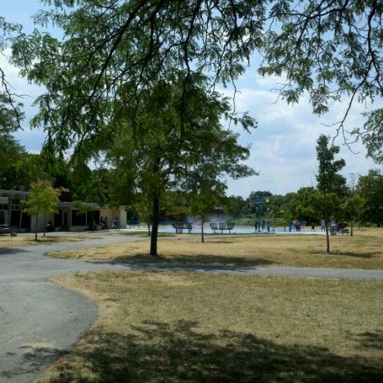 Madison splash pad milwaukee wi - Washington park swimming pool milwaukee ...