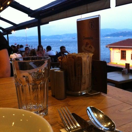 Foto tomada en Taş Kahve Cafe & Restaurant por Taş Kahve E. el 7/16/2012
