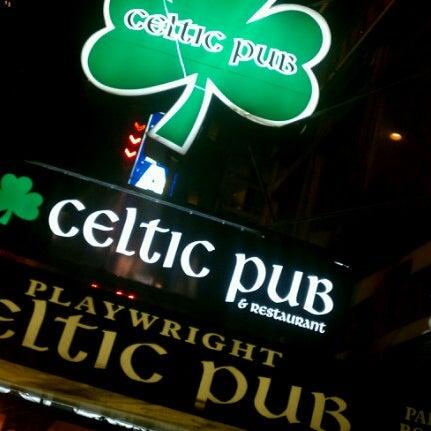 Foto tomada en Playwright Celtic Pub por Sean C. el 9/9/2012