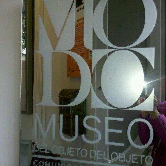 Das Foto wurde bei MODO Museo del Objeto del Objeto von Denise G. am 6/16/2012 aufgenommen