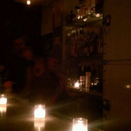 Foto tirada no(a) St. Mazie por Jen Y. em 5/13/2012