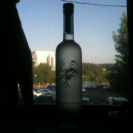 Das Foto wurde bei Eagle Street Grille von jane k. am 7/12/2012 aufgenommen