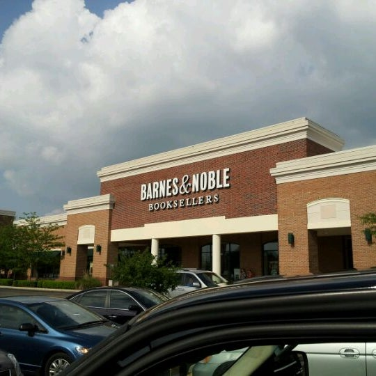 barnes \u0026 noble bookstore in south columbus