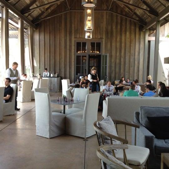 รูปภาพถ่ายที่ Ram's Gate Winery โดย Nina เมื่อ 5/5/2012