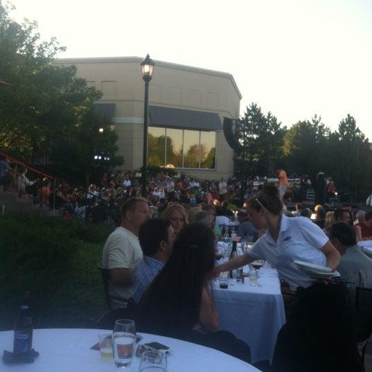6/22/2012에 Austin F.님이 Newport Grill에서 찍은 사진