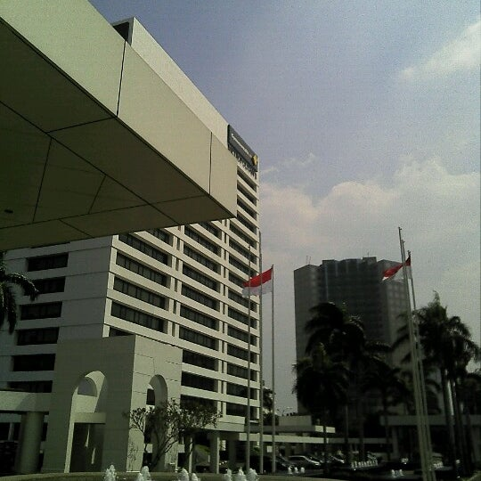 Photos At John Robert Powers Jrp College Communications Building In Jakarta Selatan