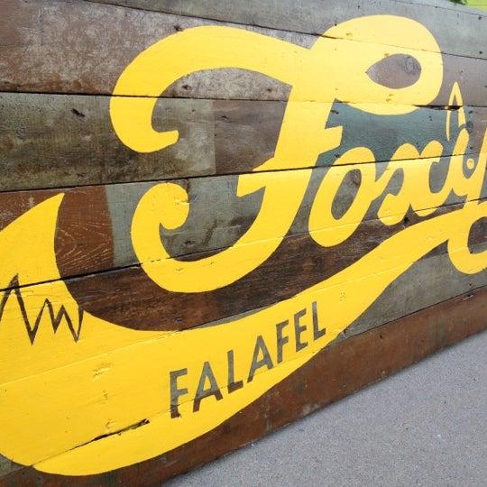 8/4/2012에 grow_be님이 Foxy Falafel에서 찍은 사진