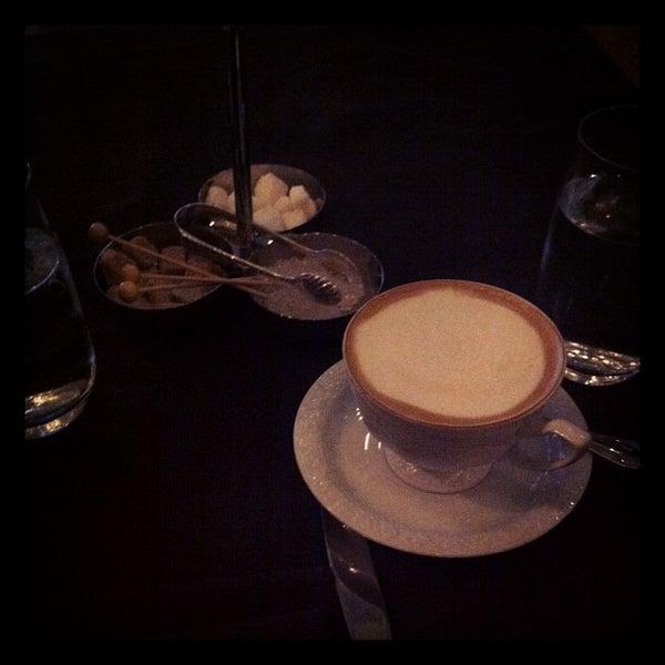 Foto tomada en Brasserie Pushkin por Marquis B. el 6/11/2012