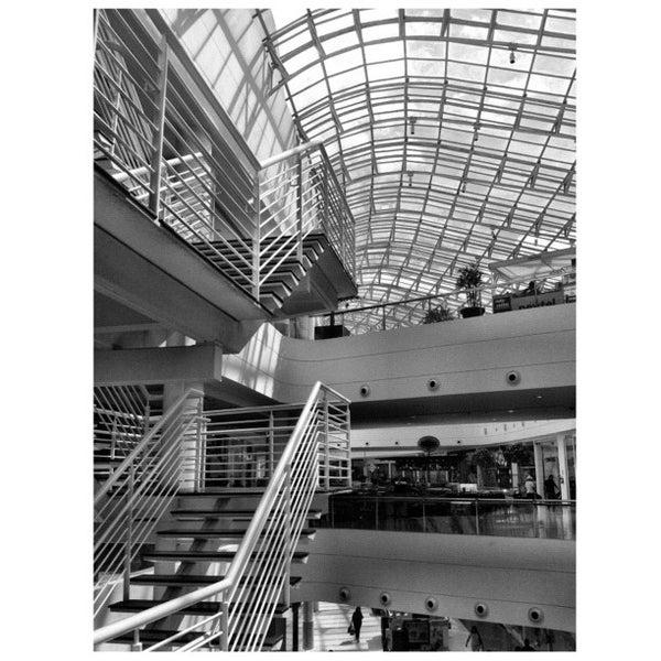 3/20/2012 tarihinde Daniel B.ziyaretçi tarafından Shopping Palladium'de çekilen fotoğraf