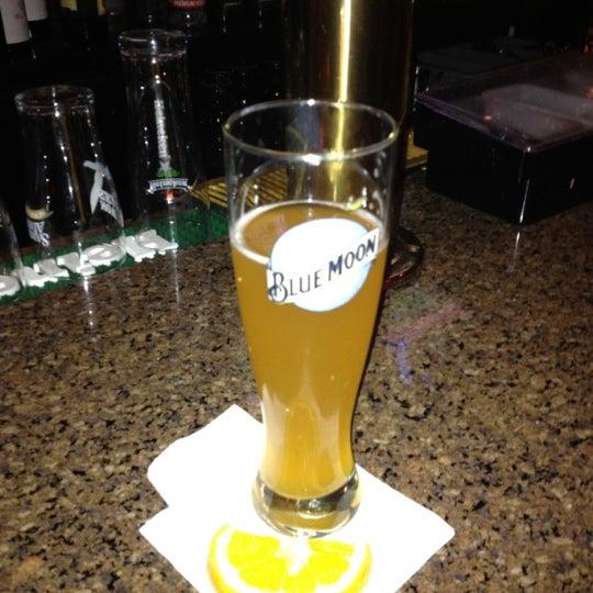 Foto tomada en Hurley's Saloon por Bridget F. el 4/29/2012