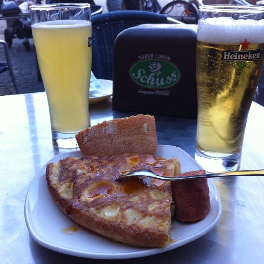 Снимок сделан в Bar Deportivo Alavés пользователем Xavier P. 7/21/2012