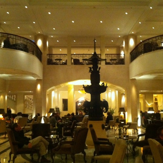 Photo prise au Hotel Adlon Kempinski Berlin par Driss A. le4/17/2012