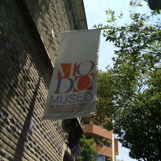 Das Foto wurde bei MODO Museo del Objeto del Objeto von Catherine S. am 4/4/2012 aufgenommen