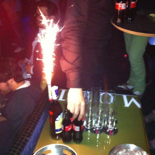 Das Foto wurde bei The Sutton Club von Pau A. am 5/1/2012 aufgenommen