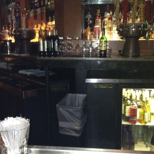 6/16/2012にStephanie G.がCool River Cafeで撮った写真
