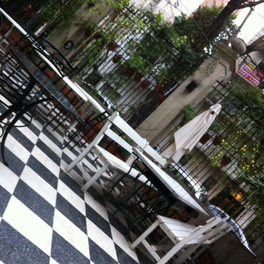 Foto scattata a Museo Evita Restaurant & Bar da Ce il 8/20/2012