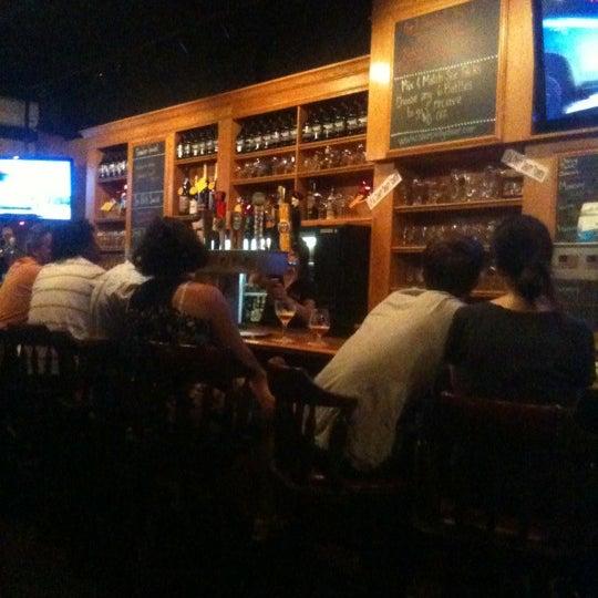 7/14/2012에 Jordan N.님이 Sharp Edge Beer Emporium에서 찍은 사진