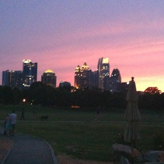 Photo prise au Park Tavern par Adam G. le6/15/2012