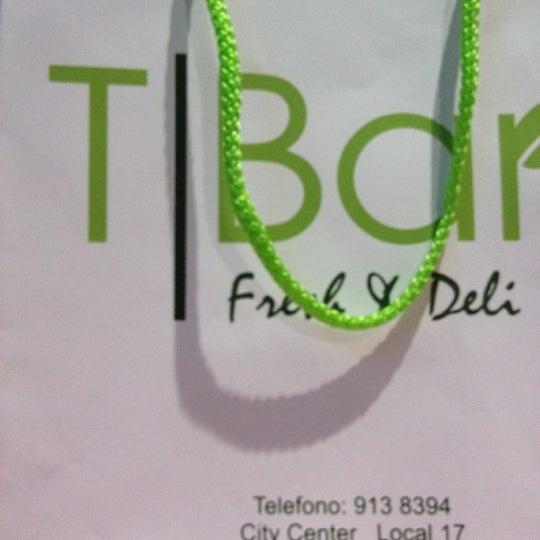 Снимок сделан в T|Bar пользователем Gisel R. 6/24/2012