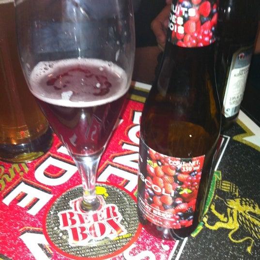 Foto tirada no(a) The Beer Box por Jess M. em 7/22/2012