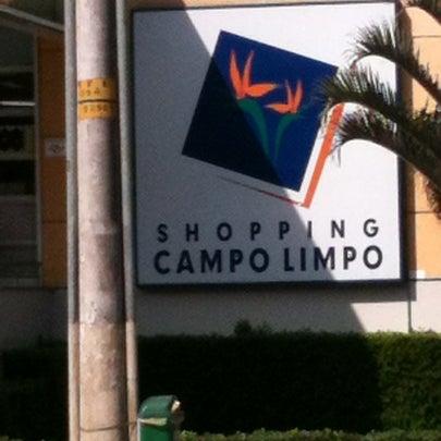 Das Foto wurde bei Shopping Campo Limpo von Anderson M. am 8/9/2012 aufgenommen