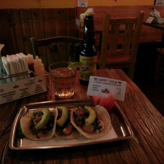 Photo prise au The Taco Shop par Rene D. le9/7/2012