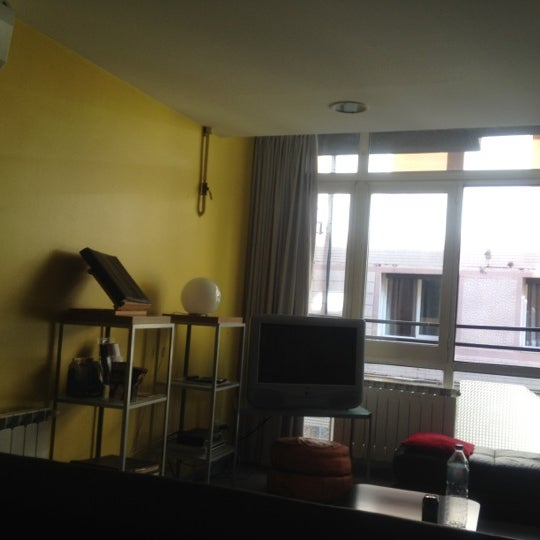 Foto scattata a Alberguinn Barcelona Hostel da Karan S. il 5/30/2012