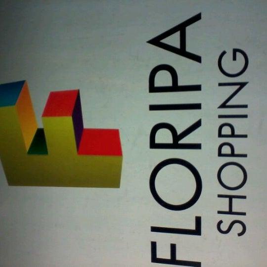 Снимок сделан в Floripa Shopping пользователем Leonardo V. 2/4/2012
