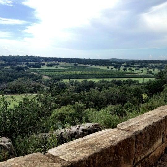 Foto diambil di Driftwood Estate Winery oleh Sean C. pada 7/18/2012