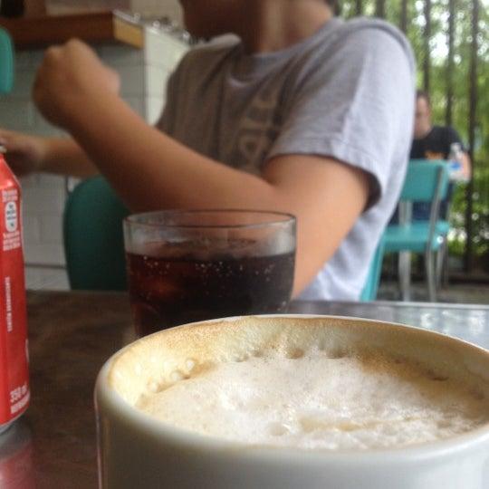 Снимок сделан в Gringo Café пользователем Xochitl L. 4/28/2012