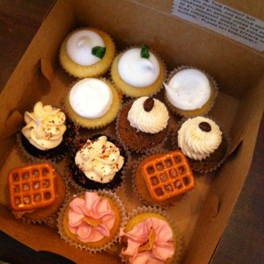 รูปภาพถ่ายที่ Prohibition Bakery โดย Silvia O. เมื่อ 9/4/2012