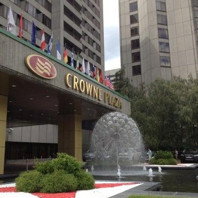 Foto tirada no(a) Crowne Plaza por Matrena S. em 7/22/2012