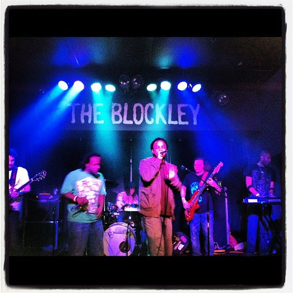 Снимок сделан в The Blockley пользователем Zorita D. 4/22/2012