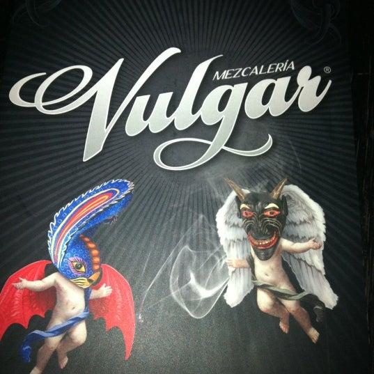Das Foto wurde bei Mezcaleria Vulgar von Biattrix am 2/22/2012 aufgenommen