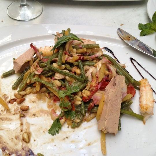 Photo prise au Restaurant de l'Ogenblik par Philip G. le6/30/2012