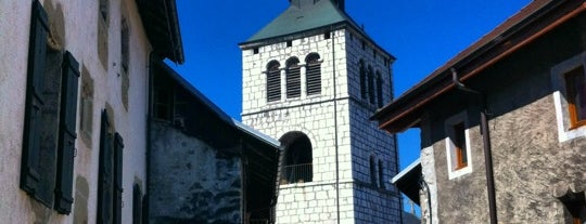 La Roche sur Foron is one of Tempat yang Disukai Anthony.