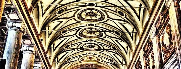 Basilica di Santa Maria Maggiore is one of Italia to-do🇮🇹🍝🍕.