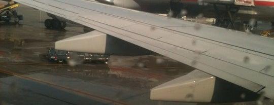 ท่าอากาศยานนานาชาติไมแอมี (MIA) is one of AIRPORT.
