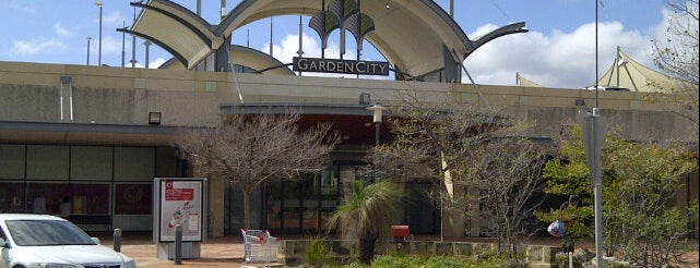 Garden City Shopping Centre is one of Lugares favoritos de Tony.