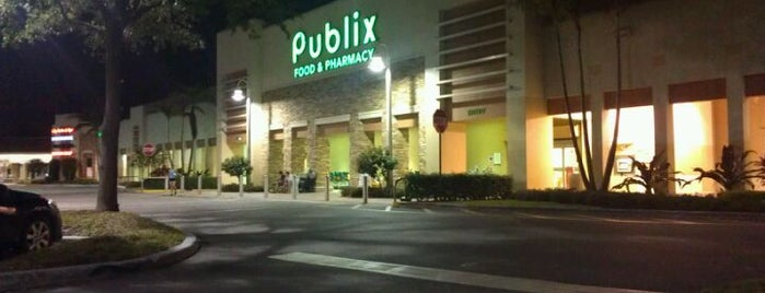 Publix is one of Orte, die Jan gefallen.
